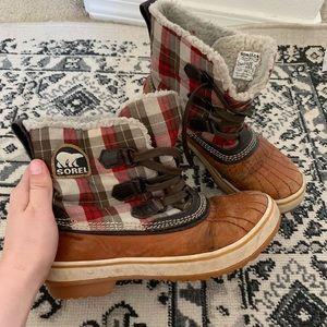 Sorel plaid duck boots size 7